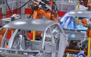 2019年汽车制造业营业收入80846.7亿元,同比下降1.8%