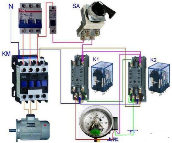 如何根据电路图对电路进行连接