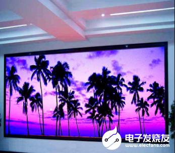 LED顯示(shi)屏助力疫情 智慧(hui)調控(kong)交通運輸(shu)