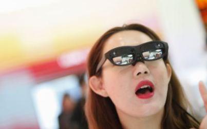 当今形式正在带动VR在线游戏逆势成长