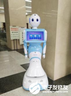 医疗机器人助力疫情防控 成为人类的好帮手