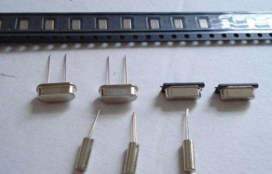 晶振在单片机中起着什么作用