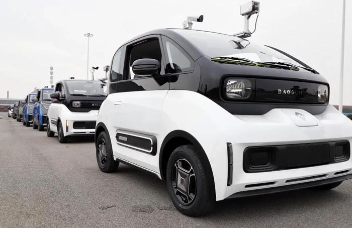 上汽通用五菱智能移動測溫車助力智能檢測人群