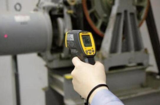 红外测温仪如何处理设备故障