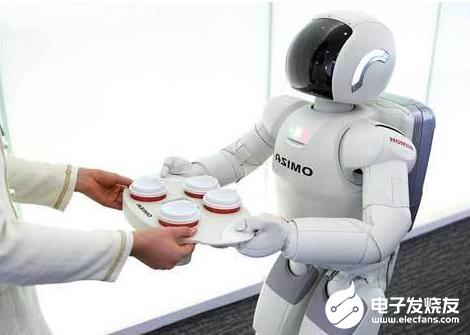 """國產機器人發展加速 """"機器換人""""亟需人力資源升級"""