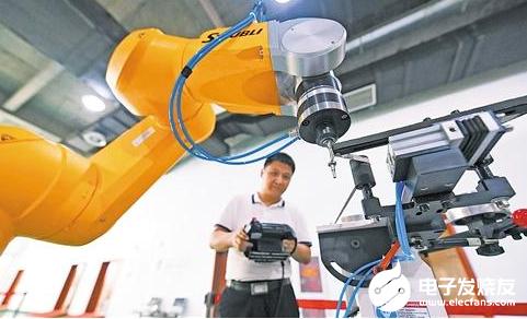 新概念機器人助力航空制造 滿足飛機逐年遞增的需求量