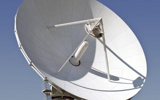 要求FCC欲向衛星公司支付97億美元加快釋放頻段
