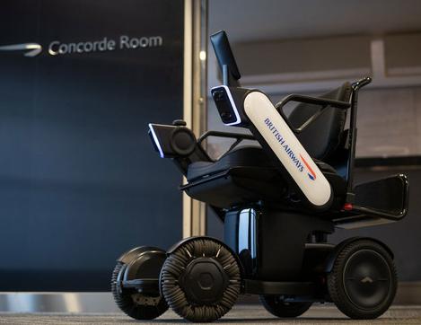 英国航空公司正在测试一款自动驾驶电动轮椅