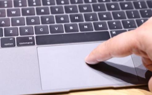 MacBook或将会配备带触觉反馈键的触摸屏键盘