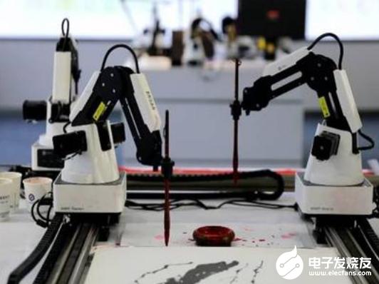 机器人加速企业复工 工作效率是工人的三倍