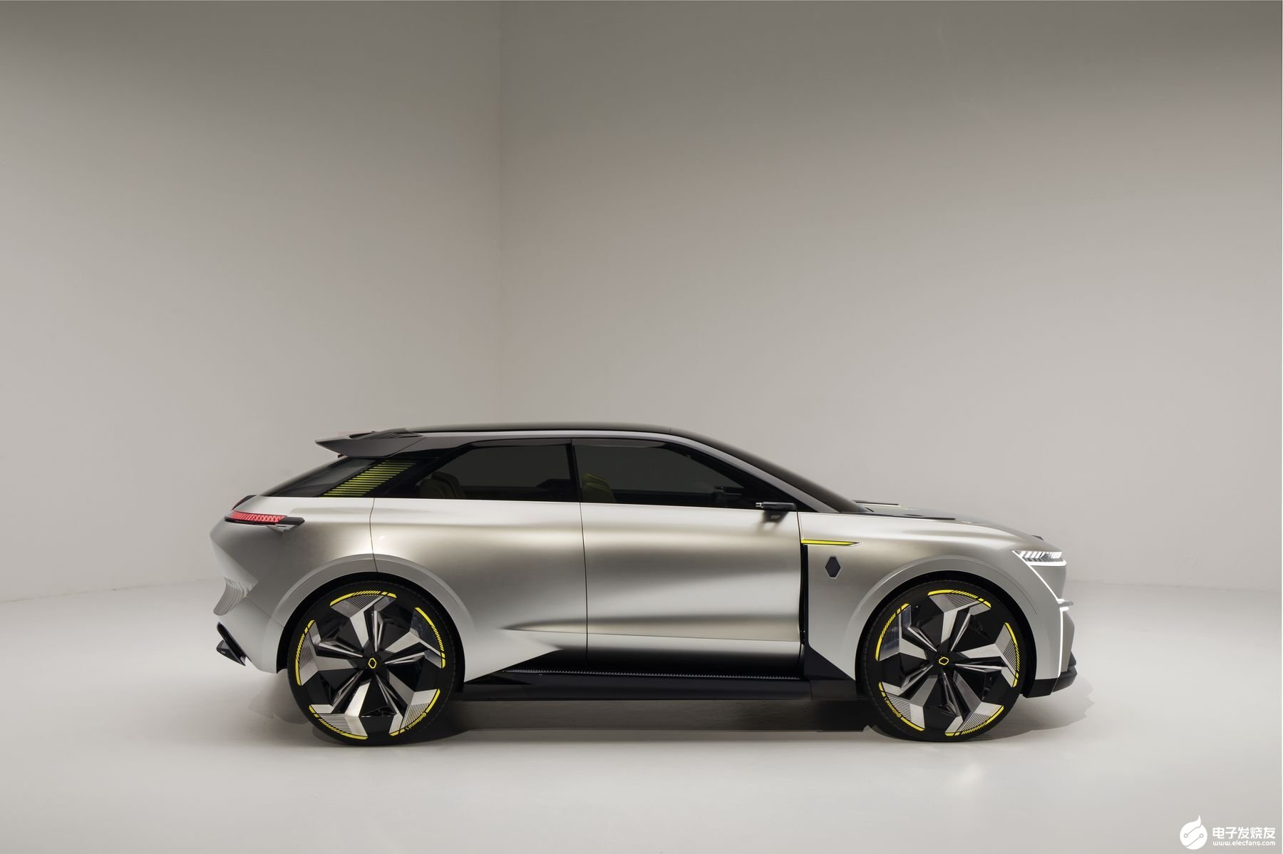 雷诺新概念电动汽车Morphoz EV搭载可变续...