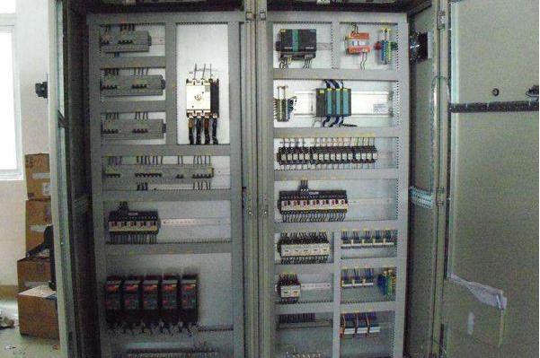 变频器滤波电解电容器损坏原因和检测更换方法
