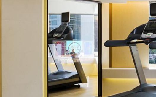 健身房智能镜子帮助在健身中更好的挑战自己
