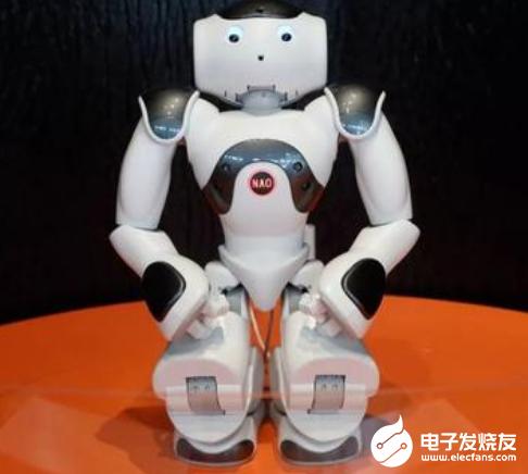 大疆跨界教育机器人 支撑自定义UI