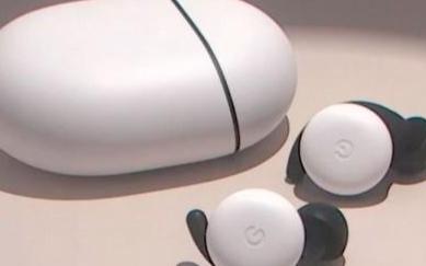 谷歌新款Pixel Buds真无线耳机,其造型很别致