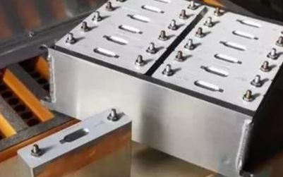 电动汽车的电池液态热管理系统是什么