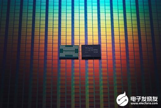 美光推出整合芯片uMCP5 內存和存儲帶寬比上代方案提升了50%