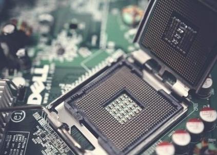美国芯片公司年营收将蒸发830亿美元 中国科技行...