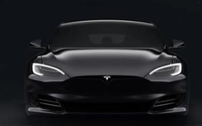 """特斯拉推出""""超级大脑"""",自动驾驶技术渐趋成熟"""