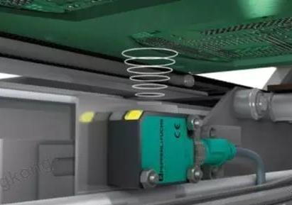 倍加福小型F77超声波传感器用于PCB电路板检测的应用解析
