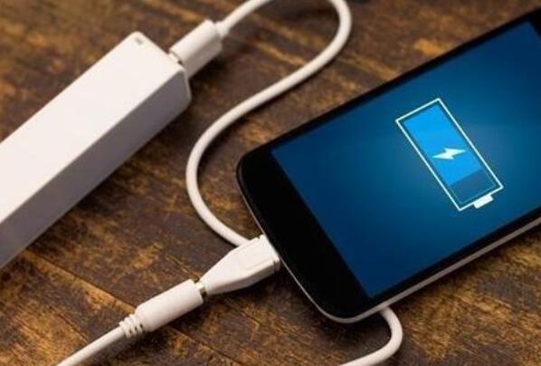 手機更換電池后對手機有沒有影響_手機換了新電池要...
