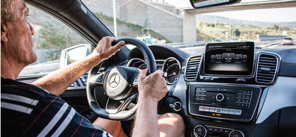 汽车制造商在物联网中可以学到什么