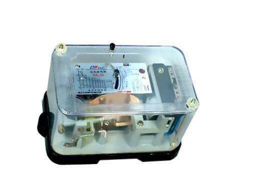 过电流继电器和热继电器的区别