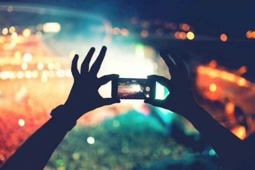 從手機到電視  飛奔的視頻產業