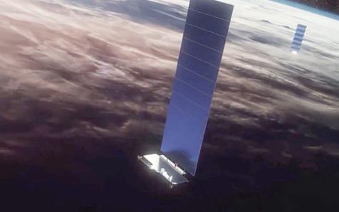 FCC批准SpaceX建造100万个地面天线