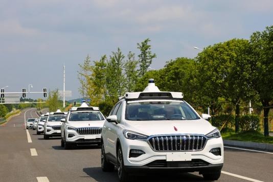 中國第一個 百度Apollo將建設大型5G車路協同示范線