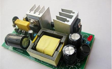 是什么因素影响了开关电源模块的工作效率