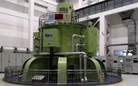我国首台大型立式脉冲发电机组研制成功,功率相当小型核电站