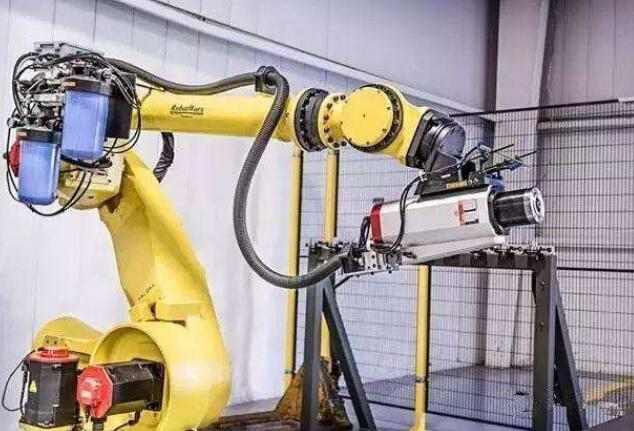 工業機器人的定義是什么_工業機器人的四個基本特征