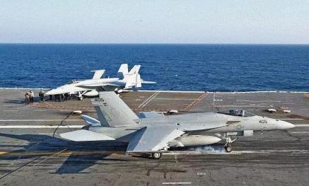 美国海军新型航空母舰福特号已完成了交通管制中心的认证