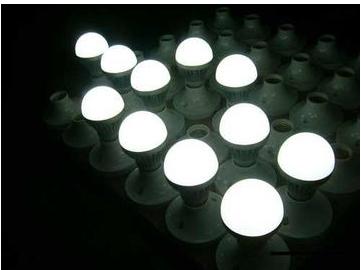 怎样的LED大灯驱动是合适的