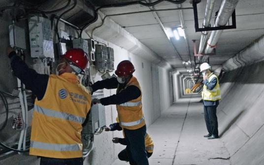 江苏首条实现5G网络覆盖的过江隧道
