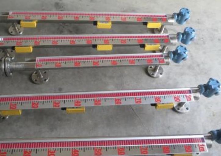 磁翻板液位计的安装注意事项