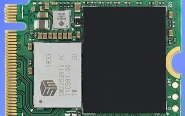 SSD除了顆粒容量(liang)之外,選擇(ze)好的主(zhu)控也不容忽視