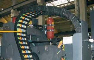 拖链电缆的正确安装方法及注意事项