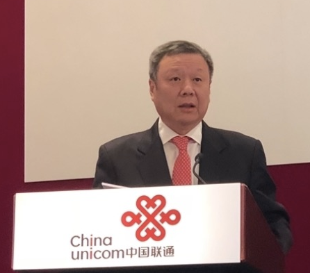 中国联通董事长王晓初表示运营商出现客户流失的原因...