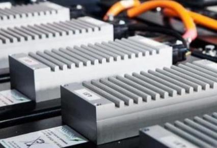 动力电池行业竞争格局变数增加 中小企业仍有求生机会