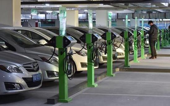 新能源车补贴和免购置税延期两年