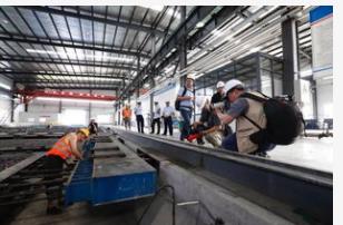 温度传感器和湿度传感器在高铁轨道板生产线中的应用...