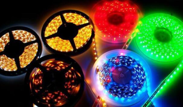 led灯带多少伏电压_led灯带闪烁故障解决方法
