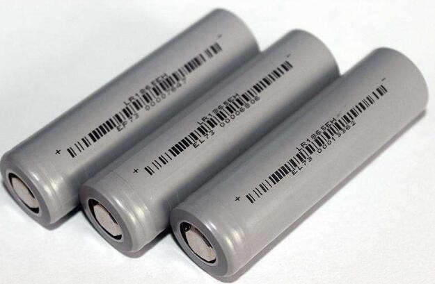 磷酸铁锂电池技术参数_磷酸铁锂电池爆炸起火原因