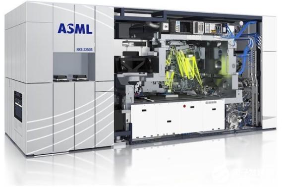荷蘭ASML延遲向武漢客戶出貨EUV設備