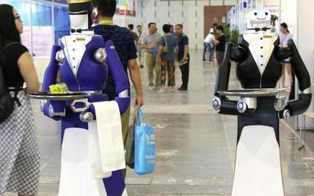 随着智能服务机器人的发展,未来是否会成为生活的刚需