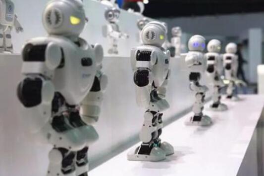 教育机器人的优势和劣势_教育机器人的种类