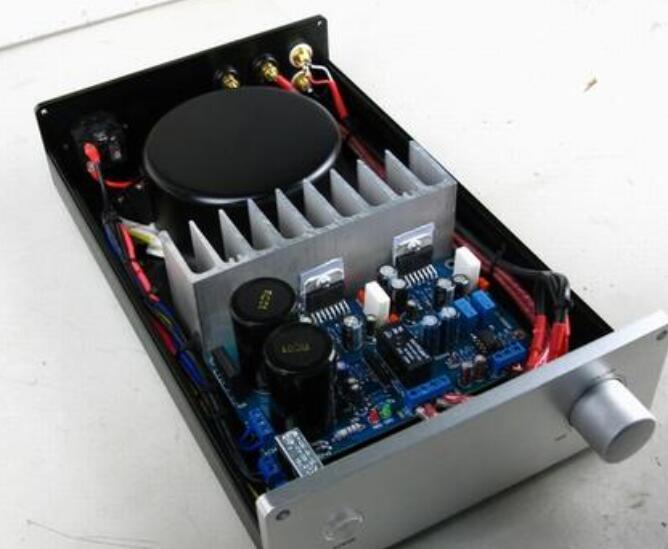 功放机的混响怎么调_功放机声音小怎么维修