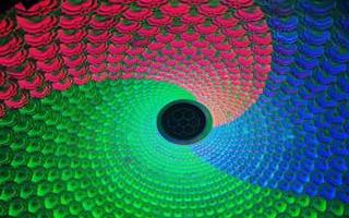 单原子层沟道的鳍式场效应晶体管的研发可提高器件性能